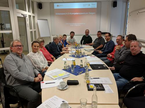 Die Arbeitswelt der Zukunft menschlich gestalten-Zusammenarbeit zwischen DGB und Mittelstand 4.0-Kompetenzzentrum der Uni Siegen geplant