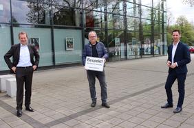 v.l.: Steffen Mues, Bürgermeister der Universitätsstadt Siegen, Ingo Degenhardt, Vorsitzender DGB Siegen-Wittgenstein, Andreas Müller, Landrat des Kreises Siegen-Wittgenstein